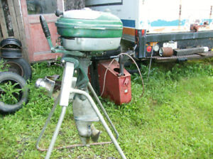 VINTAGE OUTBOARD CHRIS CRAFT 5 HP