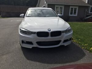 BMW 328i xDrive MSPORT (Red Leather Interior)