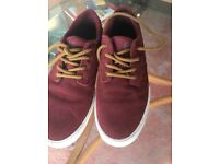Etnies casual 'skate' shoes size 8