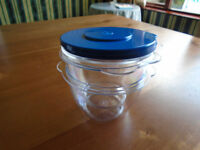 EASY-COOK EGG SEPERATOR with 2 PREP POTS & LIDS, BRAND NEW in ORIGINAL BOX + OTHER KITCHEN ITEMS
