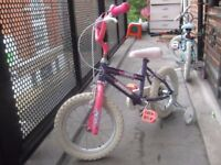 GIRLS MAGNA BIKE 3 TO 8 YEARS OLD **** £25 ONLY **** GOOD CONDITION