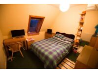 Large Single Furnished Room In Quiet, Spacious Flat, off Dalkeith Road.