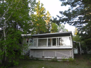 Lester Beach Lakeview Cottage