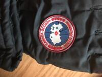 Canada goose gloves - brand new size large - x large