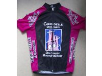 Cycling jersey, used but in great condition. Italian event jersey.