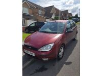 Ford Focus '05, 12 month MOT, 1.6 Zetec £500 ONO.