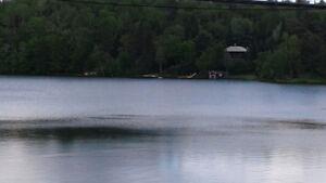 Chalet à Louer Bord de L'eau SPA Pêche Pedalo près Tremblant !