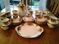 Royal Albert Old Country Roses. Tea and coffee set