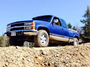 1994 Chevrolet Silverado 2500 Coupe (2 door)
