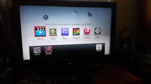 32 Inch Haier HD Flatscreen TV w/Remote