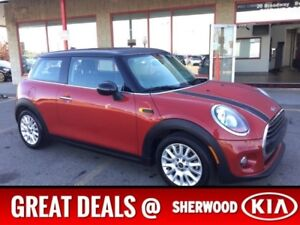 2016 MINI Cooper Hardtop LEATHER/SUNROOF Leather,  Heated Seats,
