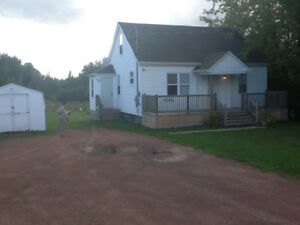 Quaint 2 bedroom house for rent on Amerault near the Dover Road