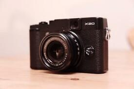 Fujifilm X20 (Fuji X Series Camera) + Extras