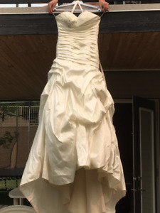 OFF THE RACK WEDDING DRESS, ONLY WORN ONCE