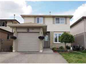 Newly renovated 3 BR detached house near sunrise centre.