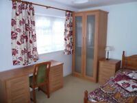 Single room to let, all bills included. Available from 5 September till end January