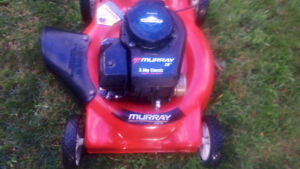 """20"""" Murray Lawn Mower w/ Briggs and Stratton 3.5HP Classic Motor"""