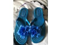 Flip flop &Shoes size 5