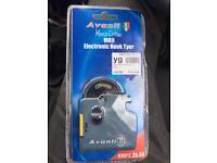 Electronic hook Tyer