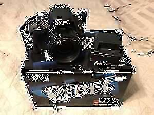 Canon EOS Rebel SL1 with lense (Touch Screen)