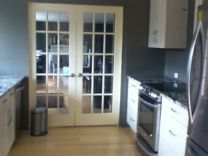 Newly reno'd one bedrm upper suite  $875 utilities incl.