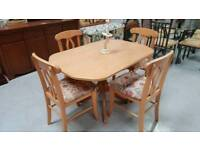 Table and 4 chairs in vgc can deliver 07808222995