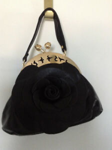 Unique Flower Purse Reduced