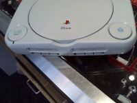 SONY PS1 CONSOLE