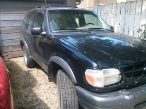 2000 Ford Explorer PARTS