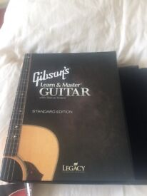 REDUCED Gibson's learn and master guitar program
