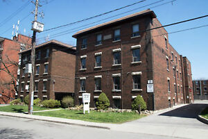 Freshly Renovated 1 Bedroom on Emerald St S. - 1 Month Free!
