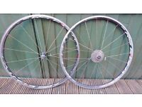 Shimano RS80 wheelset with 105 cassette