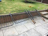 Driveway and path gate set with post