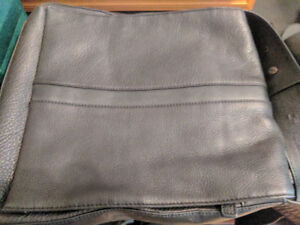 Kenneth Cole Leather Messenger Bag