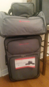 New Luggage (3 pieces)