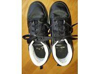 Side Walk Sport Running Street Children Wheeled Shoes 'Heelys' size 5