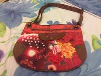 Handbags excellent condition/ new