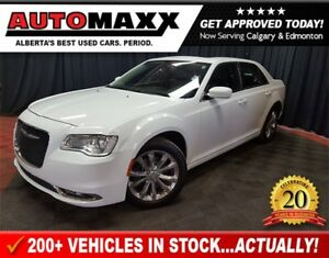 2016 Chrysler 300 Limited AWD  Leather Nav Roof!