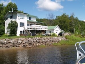 Waterfront 3 storey country house