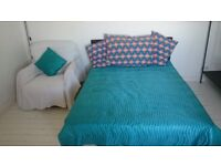 Big bright double room £450