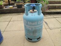 13kg Butane Shell Gas Bottle with regulator.