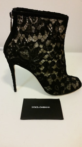 Dolce & Gabbana bootie in flower black lace - AUTHENTIC