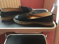 Ladies Dune Shoes Size 4