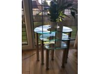 Tables (clear glass) nest of 3