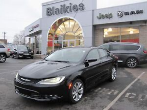 2015 Chrysler 200 S   HEATED SEATS   SUNROOF   BACK UP CAM  
