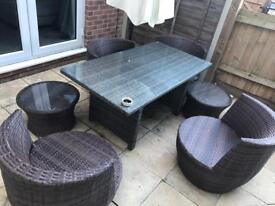 BRAND NEW!! rattan table/ chairs and side table