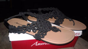 American Eagle sandals New with tags size 9