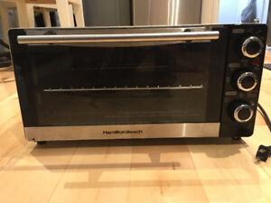 Hamilton Beach Toaster Oven - Stainless Steel - 31409C