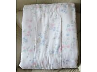 "BEDSPREAD/eiderdown/bed cover, double size 82"" x 72"" padded & quilted, pretty pastel floral design"