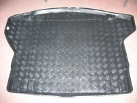 BOOT LINER AND MAT FOR EITHER KIA CEED ESTATE OR HYUNDAI i30 ESTATE